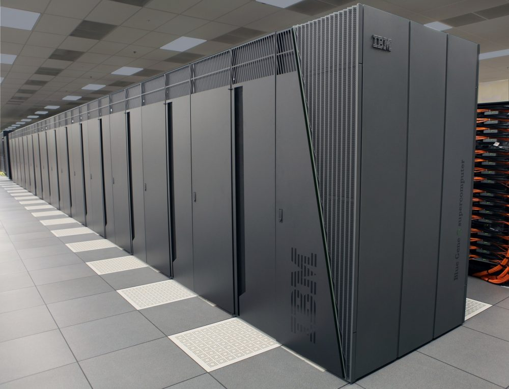 airport business server cabinets